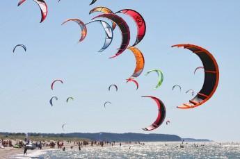 Chałupy Atrakcja Wypożyczalnia kitesurfingowa Easy Surf Center
