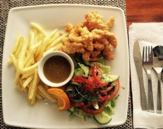 Władysławowo Restauracja Restauracja międzynarodowa polska ryby i owoce morza Checz Tawerna