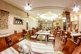 Władysławowo Restauracja Restauracja europejska międzynarodowa ryby i owoce morza Rejs Hotel